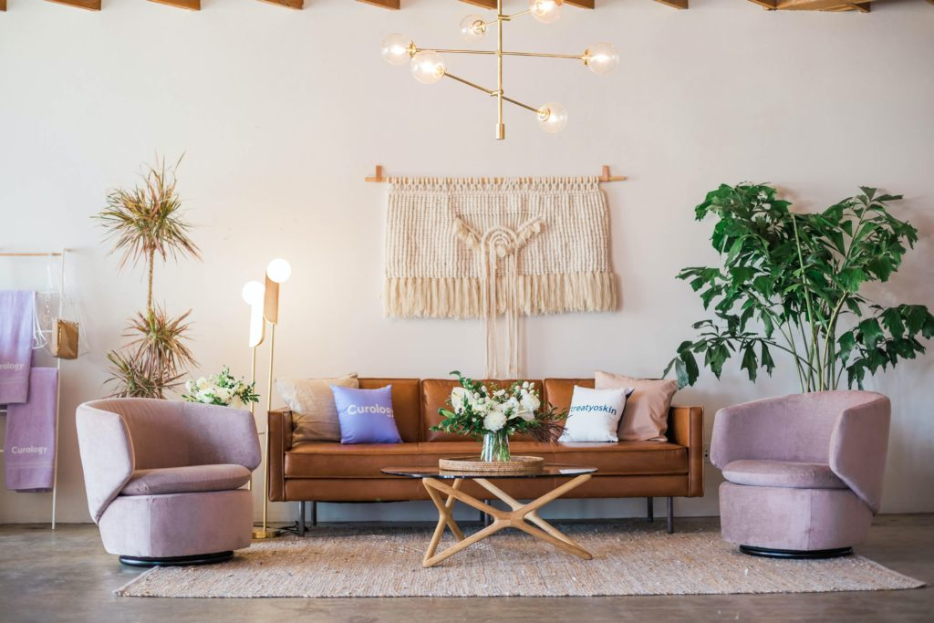 10 Layout Ideas For Your Living Room With A Leather Sofa Home Of Cozy